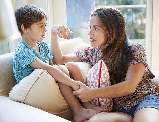 Como lidar com as mentiras dos filhos